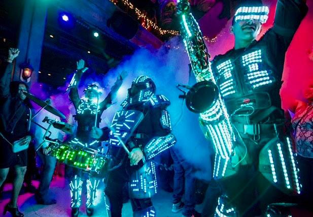 LED Dancers & Musicians